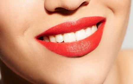 5 اشتباه در آرایش لب ها