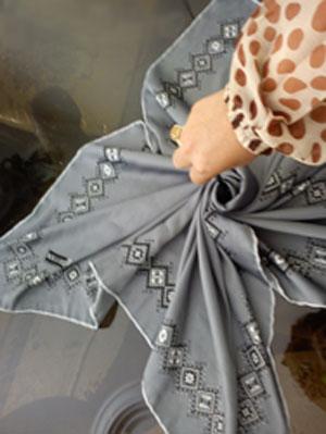 تزیین روسری عروس