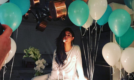سایت تلگرام سلنا گومز تولد 25 سالگی سلنا گومز خواننده معروف آمریکایی – حیاط خلوت