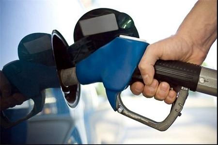 باک بنزین خودرو را کاملا پر نکنید