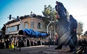 99 ضربه شلاق بازیگر مشهور ایرانی