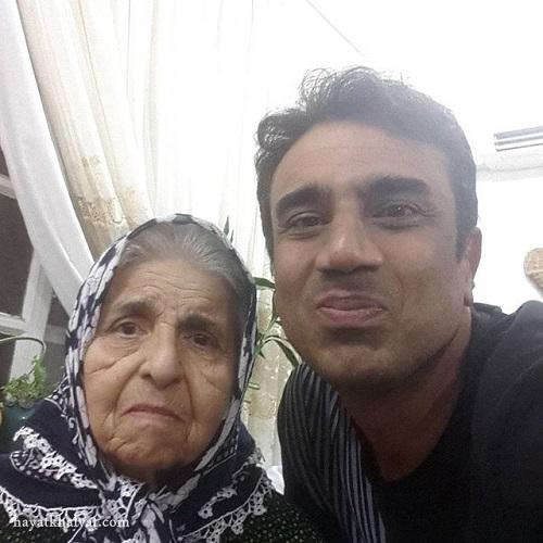 نصرالله رادش و مادرش
