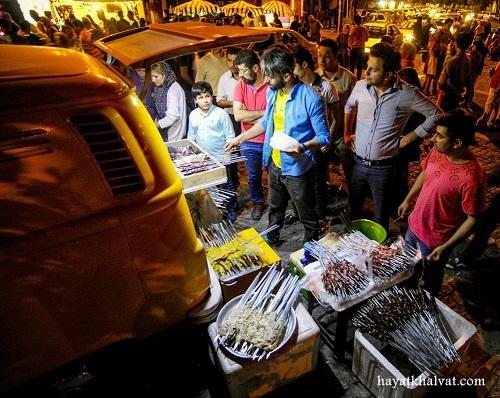 عکس استریت فود تهران در خیابان سی تیر