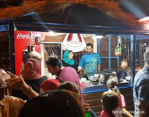 عکسهای استریت فود تهران در خیابان سی تیر