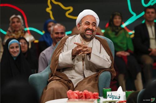 محمد رضا زائری روحانی مهمان امشب خندوانه