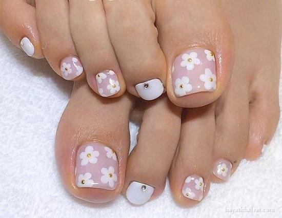طراحی ناخن پا گل دار , طراحی ناخن پا زیبا