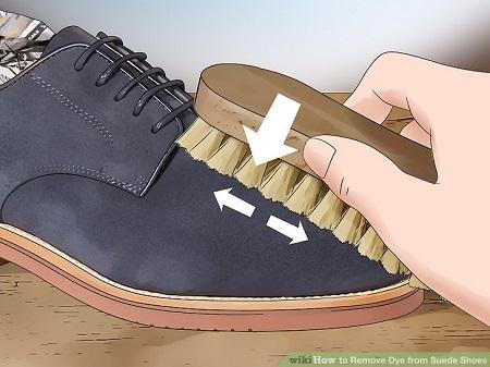 کفش های جیر را چگونه تمیز کنیم
