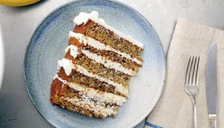 آموزش آشپزی: طرز تهیه کیک موزی با خامه پنیر + عکس