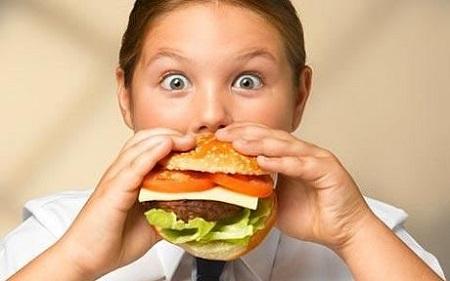 تند غذا خوردن