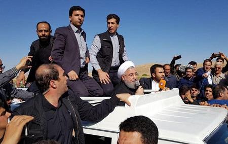 اعتراض مردم کرمانشاه در دیدار با روحانی