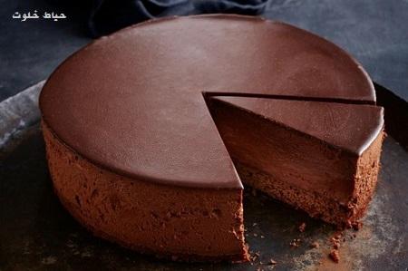 کیک شکلاتی حیاط خلوت - مواد لازم و طرز تهیه کیک شکلاتی بدون تخم مرغ