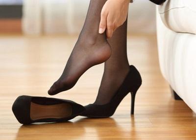 bunion 2 - پوشیدن کفش پاشنه بلند چه ضررهایی برای پا دارد؟