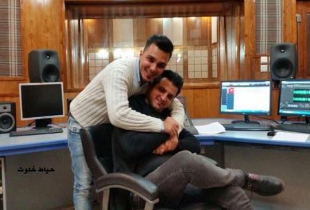 """محمدرضا قلمبر"""" و """"بشه"""" هنگام ضبط گزینه ها برنامه جوون ایرانی سلام"""