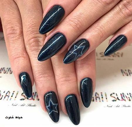 طراحی ناخن سیاه