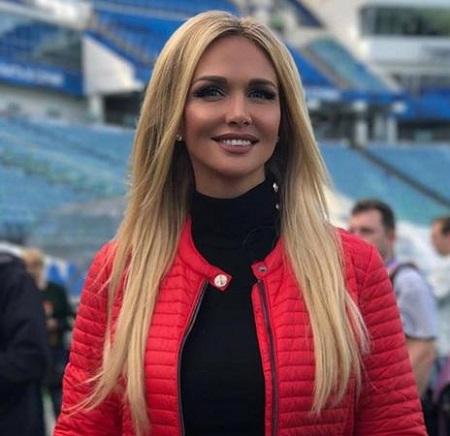 پیغام ویکتوریا لوپرا مدل زیبای روسی به مردم ایران به زبان فارسی