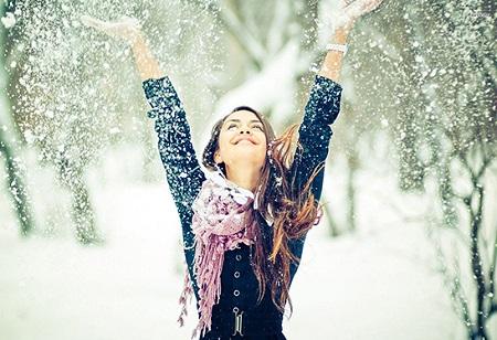پروفایل دخترانه زمستان و برف