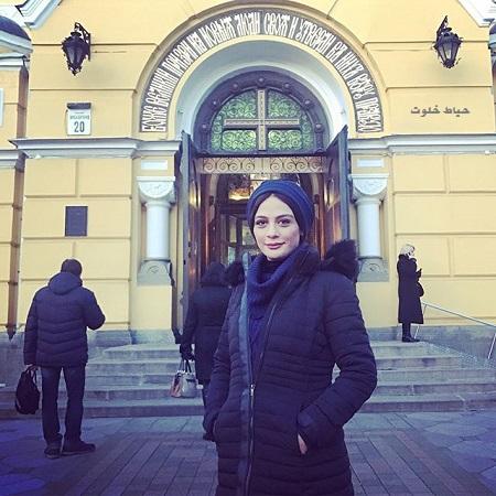 مارال فرجاد و گشت و گذار خارج از ایران