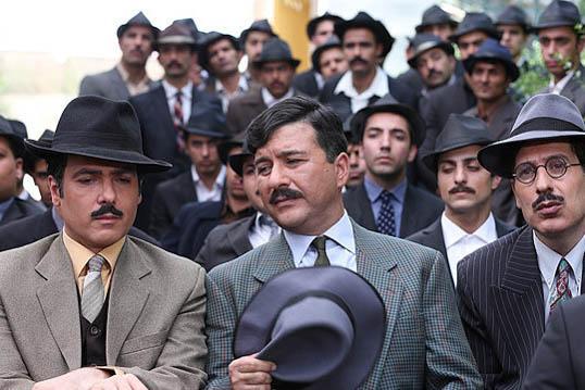 رامین ناصر نصیر، کوروش تهامی و امیرحسین صدیق در سریال آشوب