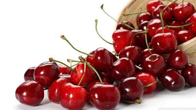 میوه هایی که هسته سمی دارند