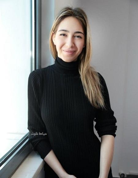 الکساندر صوفیا کالولی ,نامزد کریم انصاری فرد