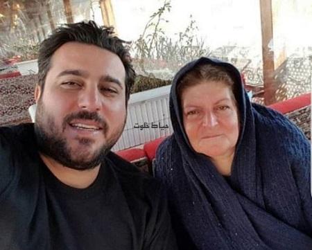 محسن کیایی و مادرش