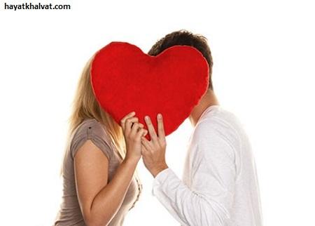 چطور یک بوسه فوق العاده از لب های همسر داشته باشیم؟