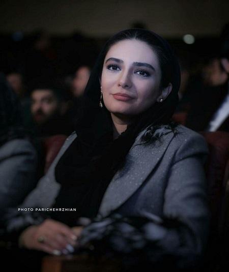 لیندا کیانی در مراسم اختتامیه فیلم فجر