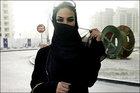 تلاش یک دختر ثروتمند عربستانی برای پیدا کردن شوهر در برنامه زنده!