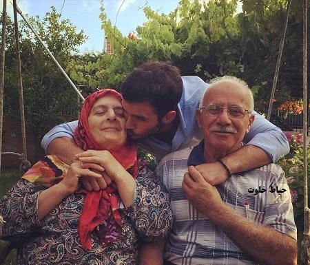 باریش آردوچ و پدر و مادرش