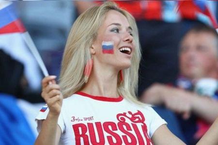 قانون عجیب برای رابطه جنسی زنان زیبای روس با مردان خارجی!