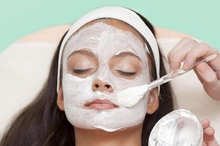 ۷ ماسک خانگی با ماست که پوست تان را شفاف می کند + طرز تهیه |