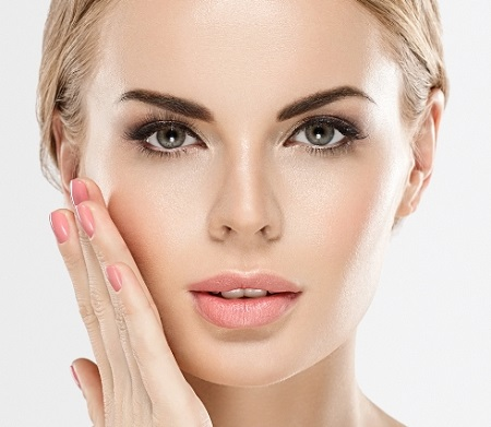 ۱۰ راه برای داشتن پوستی براق و خیره کننده!  